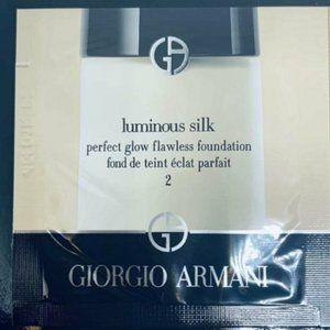 Giorgio Armani Luminous Silk 2 Fair-Peach 4X .03oz